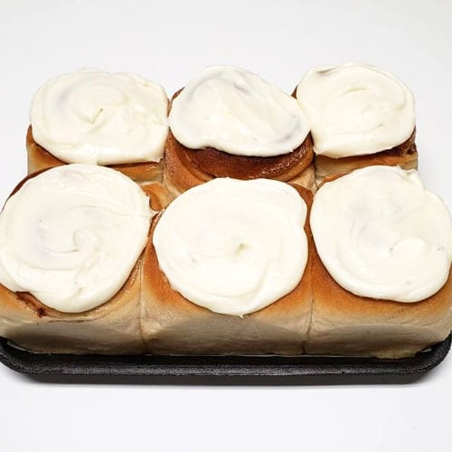 6 frosted cinnamon rolls